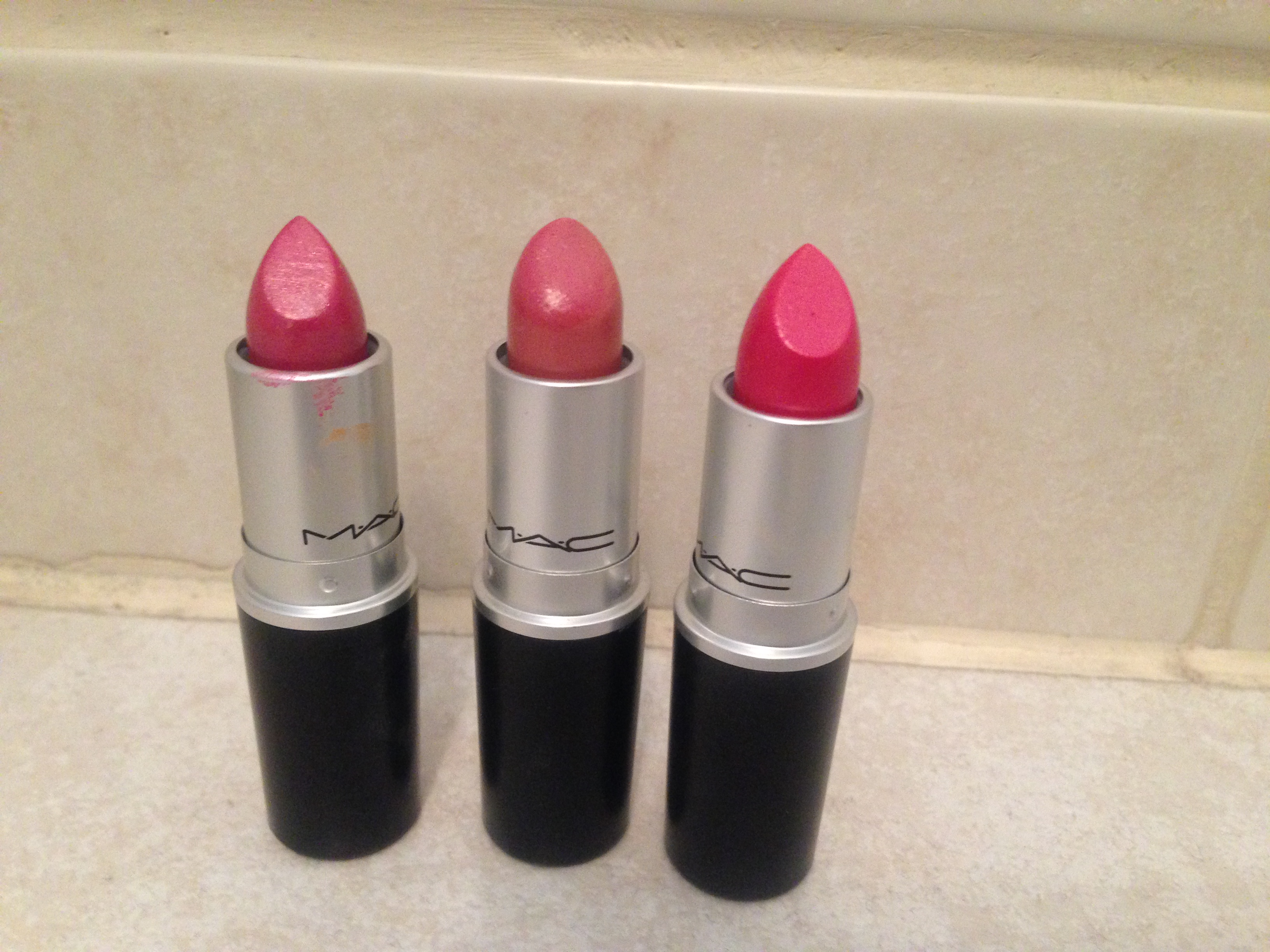 On Wednesday's…We Wear Pink! (MAC Lipstick Review)